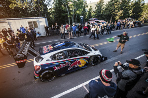 Rallye-Rekordweltmeister im Peugeot 208 T16 Pikes Peak Schnellster im Qualifying. Foto: Peugeot