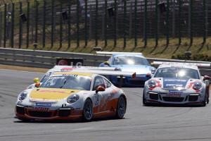Sean Edwards baut mit drittem Saisonsieg Gesamtführung aus. Foto: Porsche