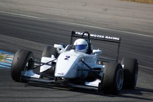 Christopher Höher (Dallara Spiess) gewann vorzeitig den REMUS Formel 3 Pokal. Foto: Rolf Schindler