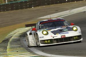 Im Rennen fuhr das Porsche AG Team Manthey mit dem Porsche 911 RSR in Sao Paulo auf das Podium. Foto: Porsche