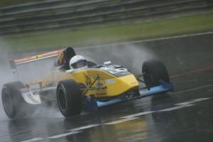 Der Schweizer Kurt Böhlen fühlte sich im Regen richtig wohl.