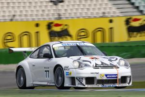 Sebastian Glaser (Porsche 996 GT3 RS) siegte im zweiten Rennen Foto: Holzer